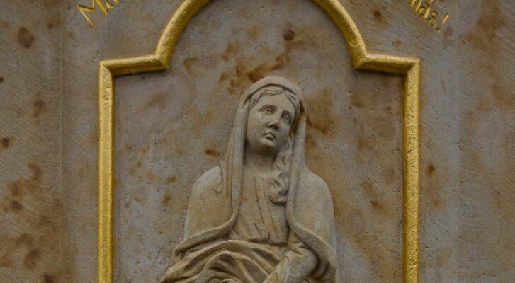 Lukavecký kříž je kulturní památkou